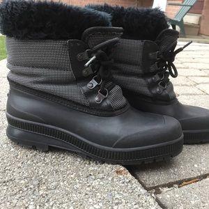 Women's Sorel Winter Boots Size 8 Black & Checked